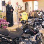 Motorradfrühling - Gottesdienst 2008 in Nattheim mit Pfarrerin Christiane Kellner