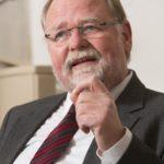 Dekan Dr. Winfried Dalferth beim HT Interview über Flüchtlinge, Gewalt, Sterbehilfe und das kirchliche Familienbild am 30.12.2014